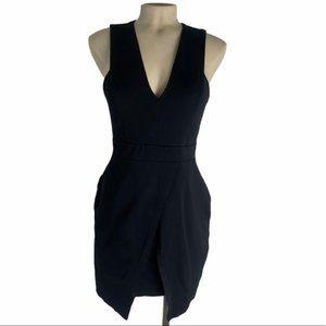 GUESS Black Bodycon Dress Plunge Neck Size Medium